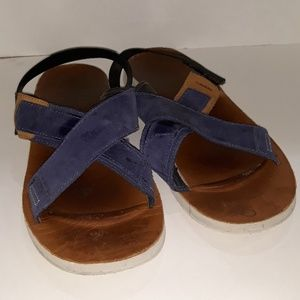 Merrell Sandals Navy with Backstrap. Suede upper.